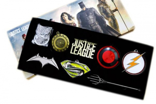 Anime Batman The Avengers 4 Cosplay Jewelry Set Cartoon  Necklaces Set Keychains Set Wholesale Price Factory Alloy Anime Set
