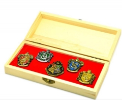 Harry Potter Academy Badge Set Brooches Set With Wood Wrapped Box