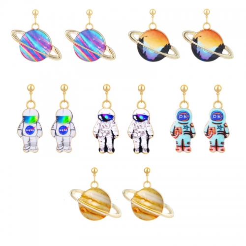 Anime Cute Astronaut Pendant Earrings Spaceman Stud Earrings Space Dangle Earrings